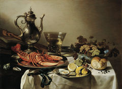 Plate with lobster, silver jug, large Berkenmeyer, fruit bowl, violin and books